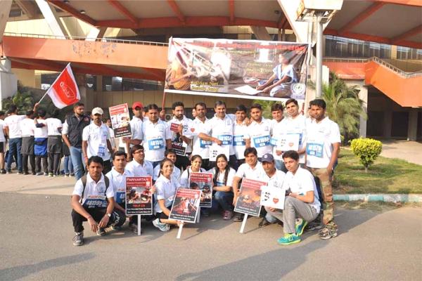 marathon24CCC4FAAB-BEDC-BED9-9BF6-18C0D9F0E505.jpg